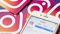 Instagram Stories z geonaklejkami