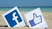 Функция очистки истории в Facebook