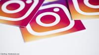 Instagram z oznaczaniem w filmach
